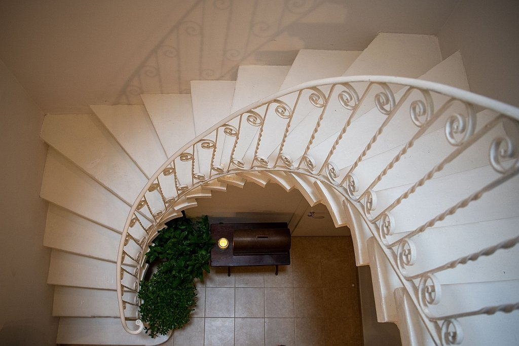 Internal stairways at Alberto Marvelli residence