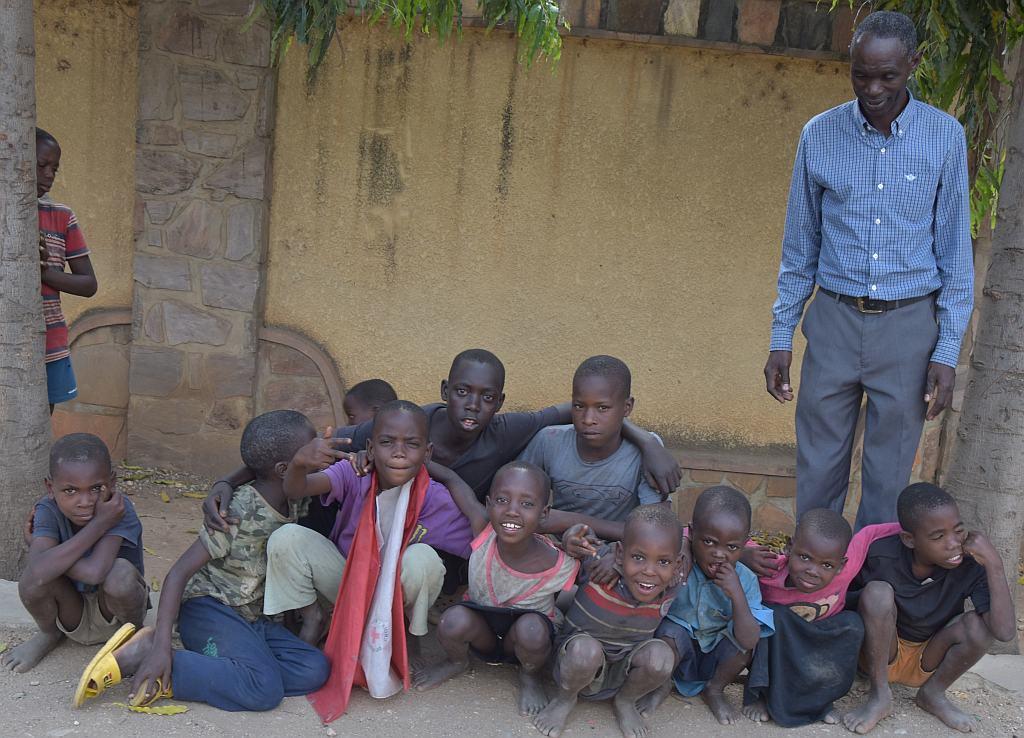 Every Child Deserves a Chance – Helping Poor Burundi Children
